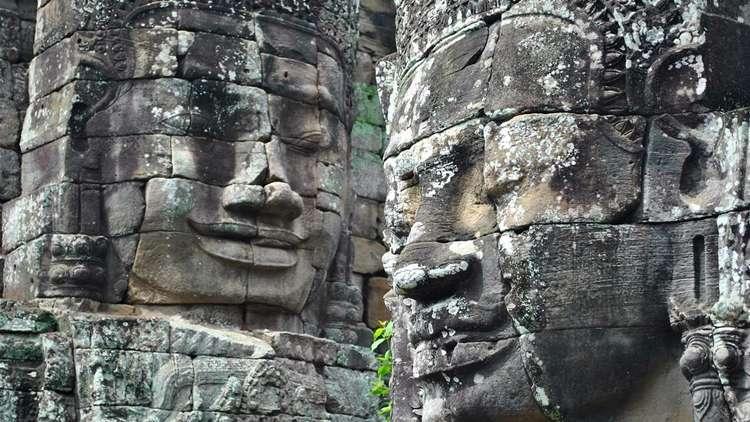 Bayon Tapınağı Angkor Wat