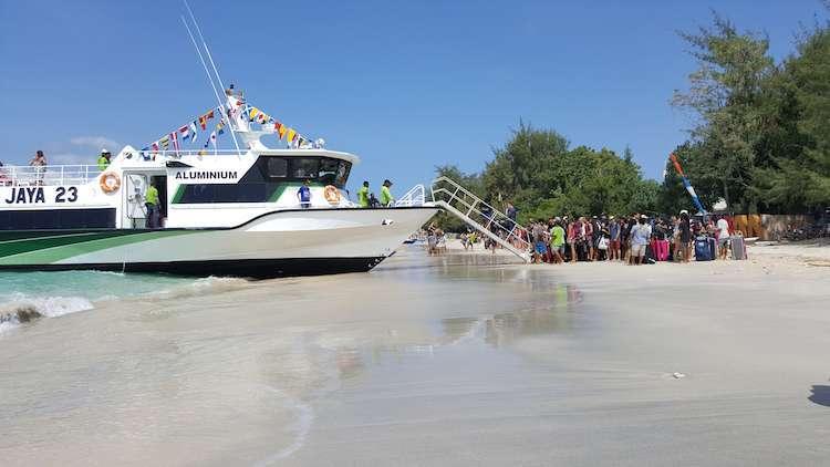 Lombok Adasına Nasıl Gidilir