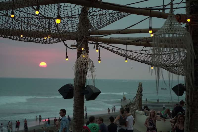 Balinin en iyi beach clublari