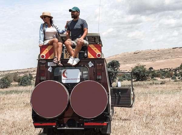 afrikada safari yaparken ne giyilir