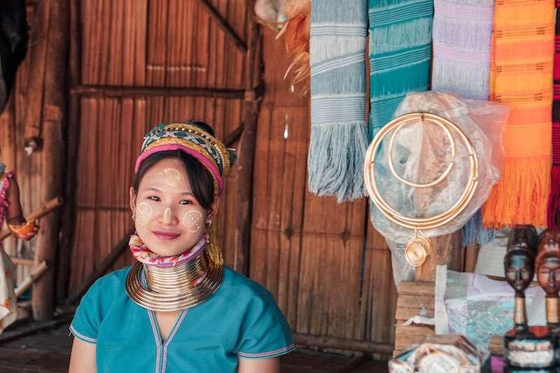 uzun boyunlu kadınlar Tayland long neck karen